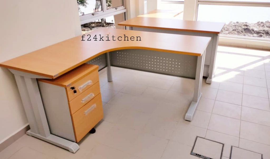 pengedar meja pejabat2